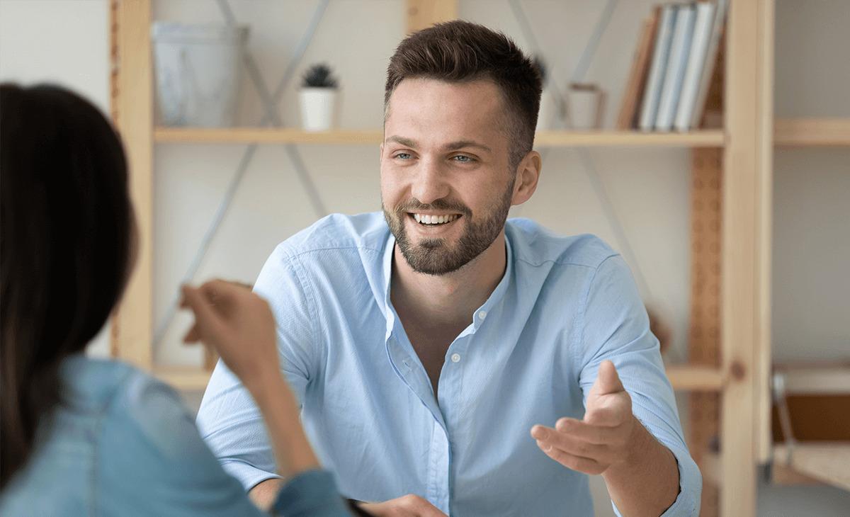 人事考課に役立つ管理職の「聞き出す」技術とは?部下の信頼を得る人事考課シートの書き方も解説!