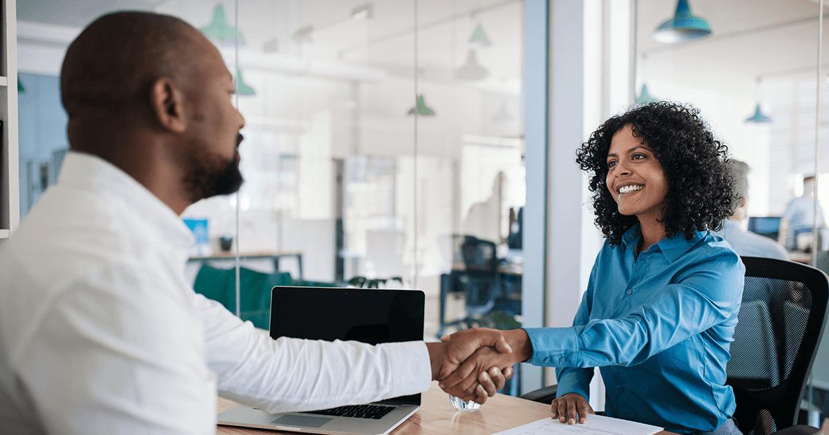 人事評価は納得性がすべて!上司と部下の信頼関係構築のための方法とは?人事評価コメント例も